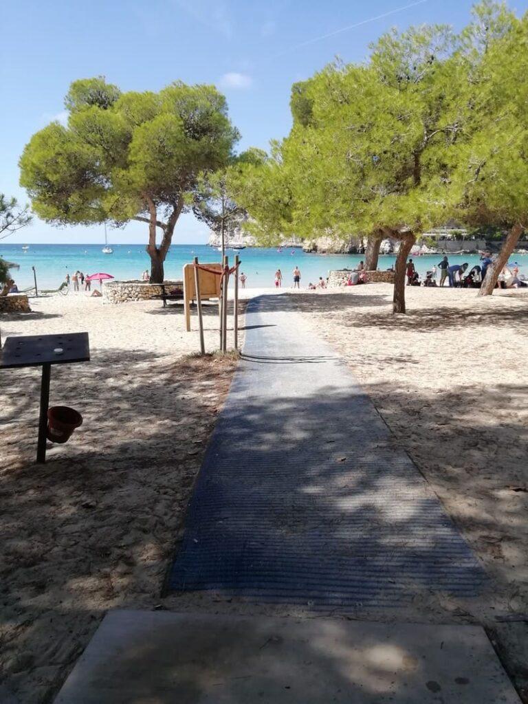 CALA GALDANA: spiaggia